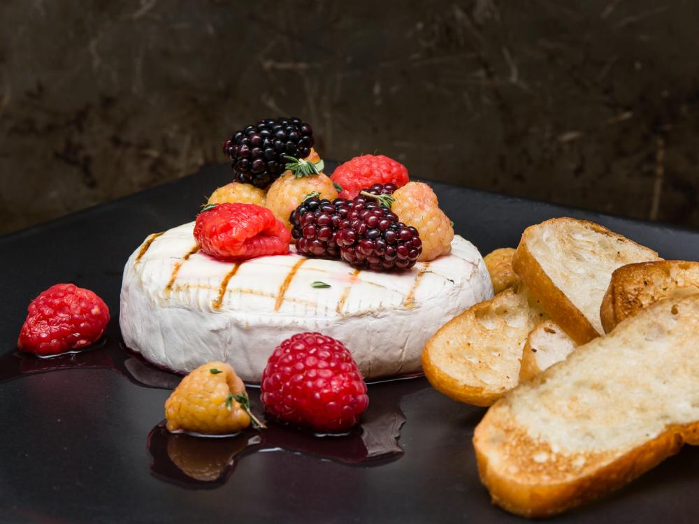 Grilled Brie with Pickled Berries